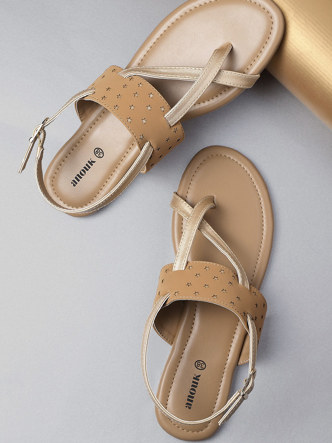 Brown & Gold-Toned Colourblocked One Toe Flats