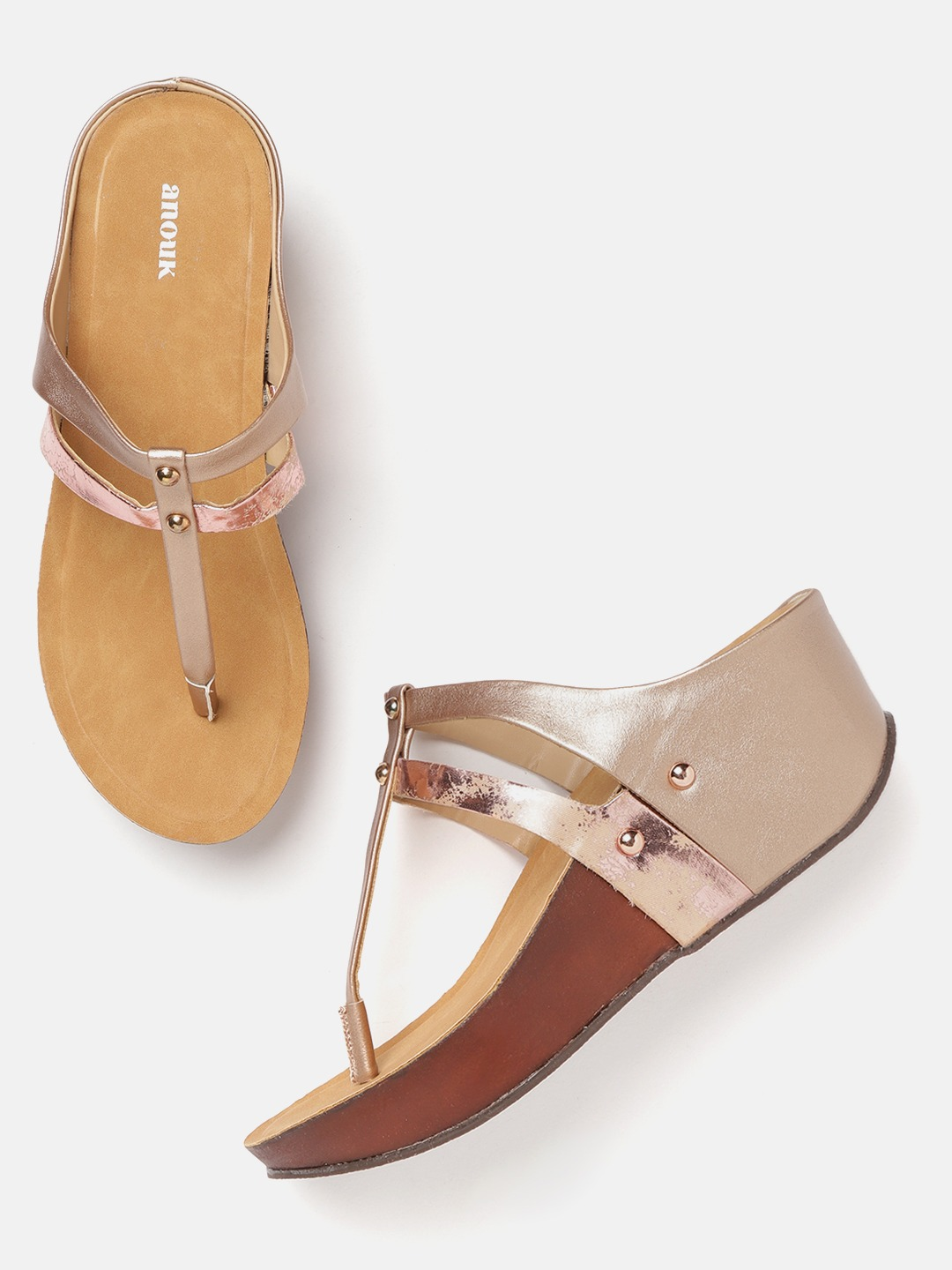 Rose Gold-Toned Solid T-Strap Wedges