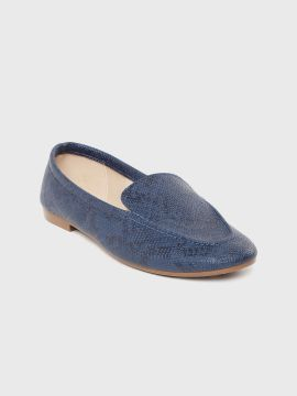 Navy Blue Snakeskin Textured Loafers