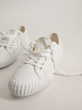 Off-White Solid Flatform Sneakers